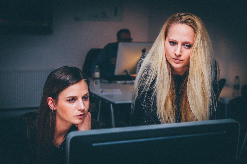 Training Programs to Retain Employees